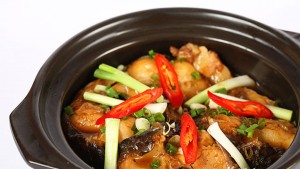 Braised-Fish-in-Clay-Pot